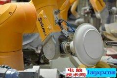 史陶比尔机器人做陶瓷,溜的不是一丢丢